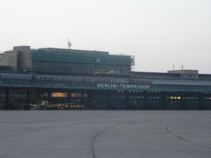 Здание бывшего аэропорта Темпельхоф